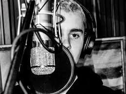 Justin Bieber Shared A Series Of Photos From Recording Studio On Wednesday April 12 And Fans Could Barely Contain Their Excitement