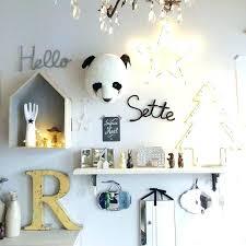 décoration mur chambre bébé decoration murale chambre fille deco mur chambre bebe trophee tete