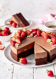 erdbeer brownie torte mit kaffee schokomousse