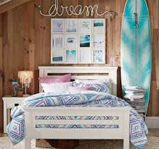 34 Girls Room Decor Ideas To Change The Feel Of Beach Themed BedroomsBedroom