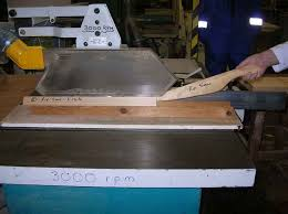 introduction to woodcutting machinery u2013 circular saw bench