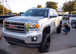 GMC Pressroom - United States - Images 2014 Gmc Sierra 1500 Photos Informations Articles Bestcarmagcom 53l 4x4 Crew Cab Test Review Car And Driver Dirt To Date Is This Customized An Answer Ford Used Cars Trucks Suvs Jerrys Of Elk Rivers Specs 2013 2015 2016 2017 2018 Suspension Maxx Leveling Kit On Serria Youtube First Look Lifted Glamorous Gaywheels Drive Press Release 145 Chevygmc Leveling Kit Bds Wvideo Autoblog