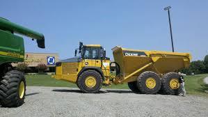 100 Articulating Truck The JOHN DEERE 460E 46 Ton Dump It Is A