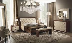 schlafzimmer regal ebenholzfarbe hochglanz