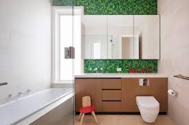 mosaikfliesen im bad quadratisch praktisch und bildschön