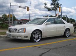 Cadillac DTS 1 2