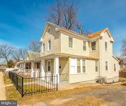 100 Addison Rd 5944 Capitol Heights MD 20743 MLS MDPG501782 Howard Hanna