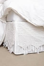 Fringe Crochet Bedskirt
