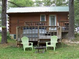 Jack s Log Cabin Near Meramec River in Quiet Wooded Setting With