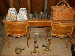 Vanity Dresser Set Accessories by Contents Of Second Floor Of Barn Sold Buyer U0027s Choice Including