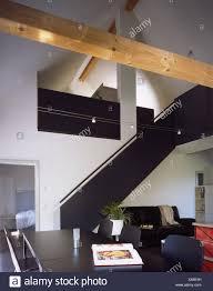 wohnhaus wohnen quadrat galerie wohnzimmer ledercouch