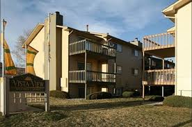 1 Bedroom Apartments Colorado Springs by Vista View Apartment Homes 2811 Upper Vickers View Colorado