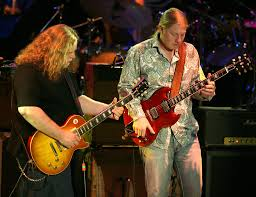 Derek Trucks Photos - The Allman Brothers Band And The Doobie ... Derek Trucks The Allman Brothers Band Performing At The Seminole 24 Years Ago 13yearold Opens For Brizz Chats With Of Review Tedeschi Jams Familystyle Meadow Brook Needle And Damage Done Gregg Warren Haynes Signed Autograph Electric Guitar Core Relix Media To Exit