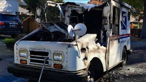 100 Postal Truck Fire USPS Vehicle Catches Fire In Menlo Park Destroying Mail Abc7newscom