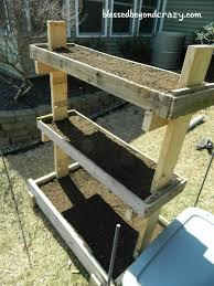 DIY Pallet Garden Box