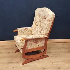 F566, Three Piece Cottage Suite. Sold On 26/07/19. Best Antique Rocking Chairs 2018 Chair And Old Wooden Barrel Beside Large Pine Cupboard In Carolina Cottage Mission Rocker Missionshaker Chestnut Vinyl Chair Traditional Country Cottage Style Keynsham Bristol Gumtree And Snow On Cottage Porch Winter Tote Bag The Sag Harbor Seibels Boutique Fniture Little Company Heritage High Fan Back Black Rigby Sold Pink Rocking Nursery Distressed Rustic Suite With Rocking Chair Halifax West Yorkshire 20th Century Style Cane Seat