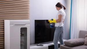 tv bildschirm richtig reinigen so geht s haushaltsgeraete