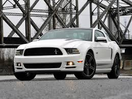 Ford Mustang GT 2013 pictures information & specs