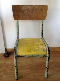chaise d colier rénovation d une chaise d écolier mullca 510 le de
