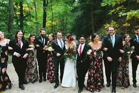 Wedding Party Attire Ideas Going To Need A Bigger Stuff Beach For Men And Women Dressyourcorecom