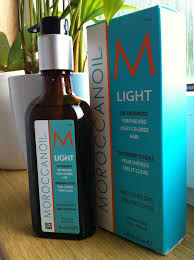 Beauty Busters Moroccanoil Light – The Daydreamer