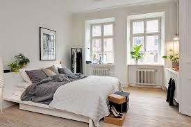 Scandi Bedroom With Plants