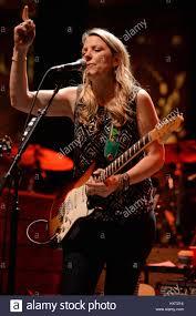 BOCA RATON - JANUARY 18: Susan Tedeschi Of Tedeschi Trucks Band ...