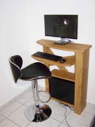 bureau informatique compact meuble ordinateur compact table de lit a roulettes