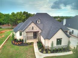 100 Gibson Custom Homes 4 Bed4 Bath Home In Edmond For 730000