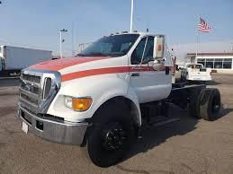 100 2005 Ford Trucks F750 Single Axle Cab Chassis Truck Cummins ISB