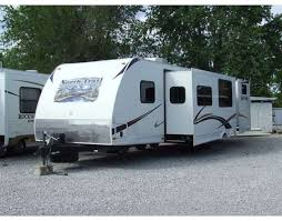 2012 Heartland North Trail 32BUDS Well Maintained Bunkhouse Style Travel Trailer