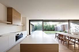 cuisine minimaliste maison minimaliste à façade grise