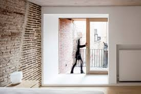 100 Walls By Design Reform Of A House Between Leibal