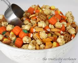Pumpkin Spice Chex Mix With Candy Corn by 40 Creative Fall Decorating Entertaining And Recipe Ideas