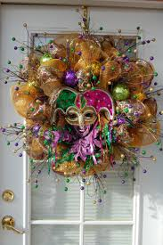 Burlap Mardi Gras Door Decorations by 112 Best Mardi Gras Wreaths Images On Pinterest Deco Mesh