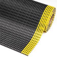tapis antiderapant escalier exterieur caillebotis pvc pour zone humide 537 flexdek notrax