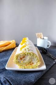 biskuitrolle mit mandarinen quark creme mandarinen quark