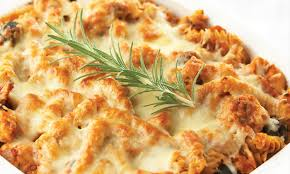 cuisiner poulet au four poulet au four et pâtes au romarin le poulet du québec