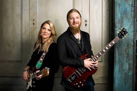 The Tedeschi Trucks Band Recharges After The Allman Brothers - WSJ