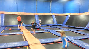 Sky Zone Indoor Trampoline Park Birthday Party Review (+ A ...