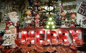 100 Outdoor Christmas Decorations Ideas To Make Use by Vintage Christmas Merchandise Page