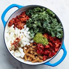 One Pot Italian Sausage Kale Pasta