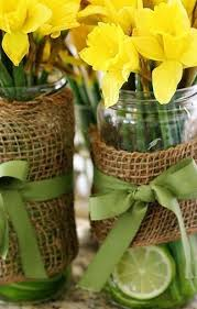 Daffodil Is A Beautiful And Inexpensive Flower For Spring Weddings Below You Will Find Guide On How To Have Wedding Theme