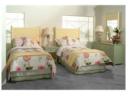 Macys Bed Headboards by Bedroom Twin Bed Headboard For Creating The Right Bedroom
