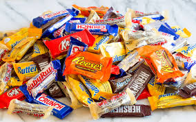 Top Halloween Candy Favorites 10 ways to use up halloween candy the pioneer woman