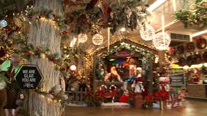 Christmas Decorator Warehouse Arlington Tx by World Got You Down Well Less Than 100 Days Until Christmas