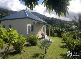 maison a louer 3 chambres location maison à sainte clotilde iha 72745