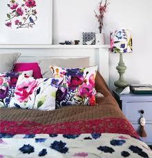 vintage schlafzimmer einrichten verspielte blumenmuster als