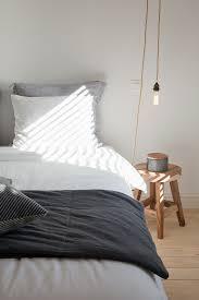 doppelbett hocker als nachttisch und bild kaufen