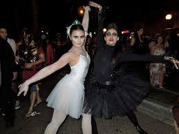 West Hollywood Halloween Carnaval Pictures by 100 Black Swan Halloween Costume Ideas Best 25 Saloon
